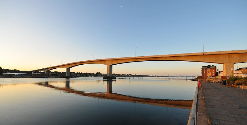 Itchen Bridge at sunset - Jools Gowans