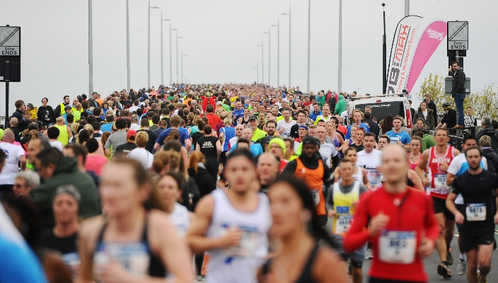 Runners on Itchen Bridge
