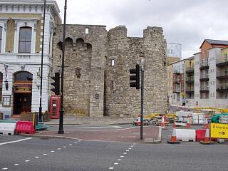 Remains of Watergate Tower, Town Quay, 30/8/09,  © I Peckham